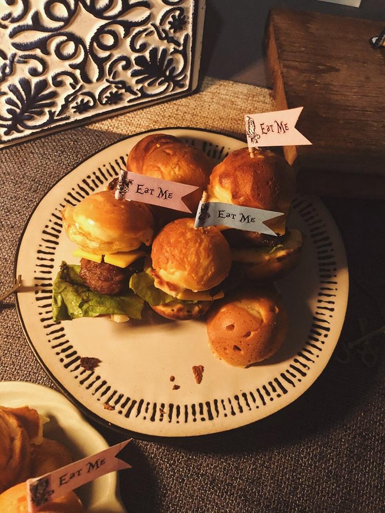eat me burger