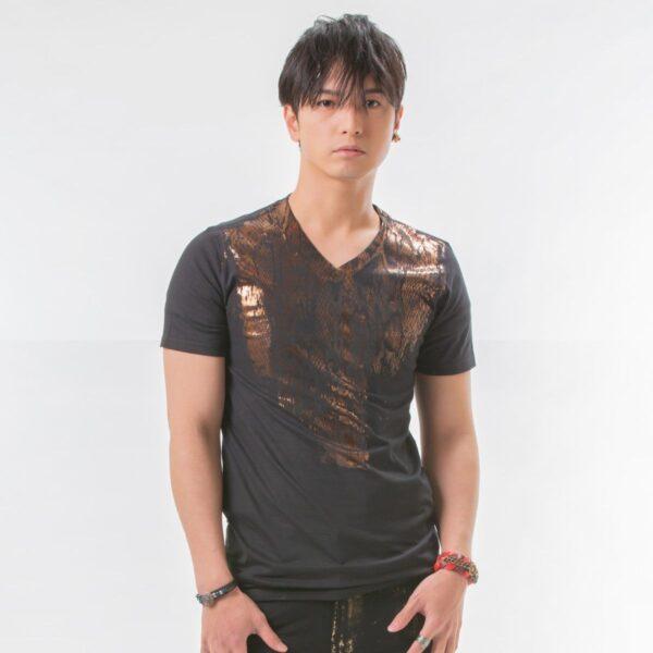 h.NAOTO Zox Shirt worn